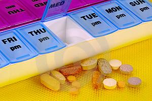 Čím vyšší dávka léku, tím vyšší riziko nežádoucího účinku a horší snášenlivost