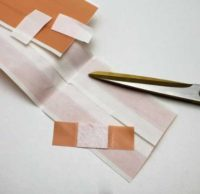 cutting plaster